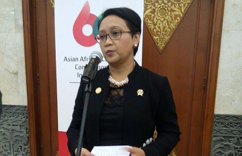 Menlu Cek Kebenaran Penangkapan 3 WNI Terduga Teroris di Malaysia