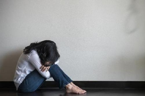 Kasus Goo Hara, Kenali 6 Tanda Seseorang Ingin Bunuh Diri. Jangan Anggap Sepele!