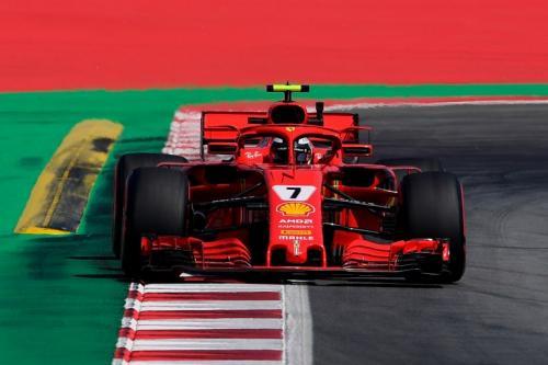 Kimi Raikkonen saat membela Ferrari