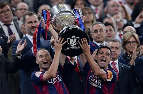 Andres Iniesta mendukung Xavi Hernandez jadi Pelatih Barcelona