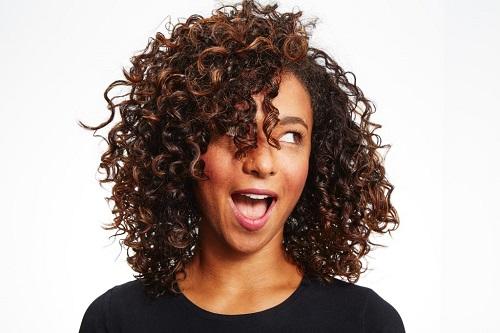 Rambut Keriting Dan Susah Diatur Simak 9 Cara Merawatnya Okezone Lifestyle