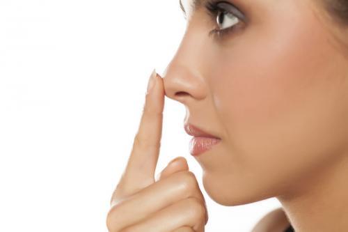 85 Persen Populasi Manusia Bernapas dengan Satu Hidung