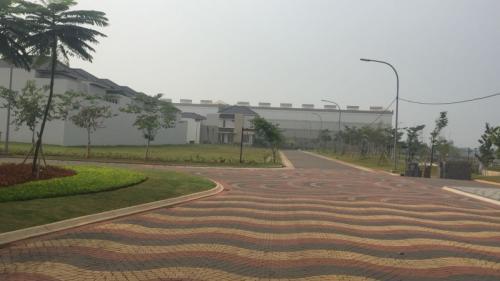 Sejumlah bangunan berdiri di Pulau Reklamasi. (Foto: Harits/Okezone)