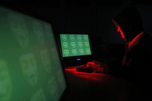 Pelaku kejahatan siber memiliki berbagai cara untuk meretas target.