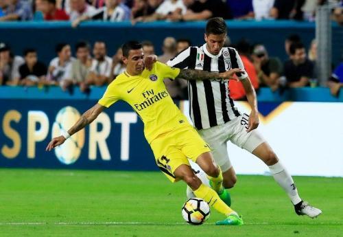 Aksi Bentacur saat membela Juventus