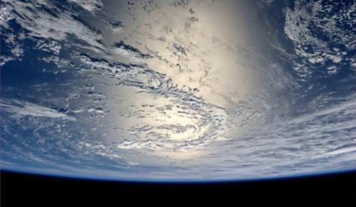 Astronot Inggris mengatakan bahwa alien ada dan kemungkinan sudah berada di Bumi.