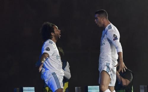 Marcelo saat melakukan selebrasi dengan Ronaldo