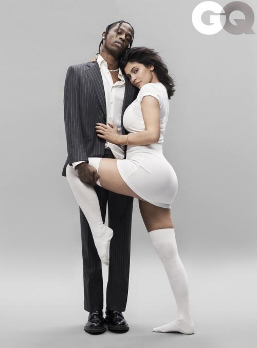 Kylie Jenner dan Travis Scoot