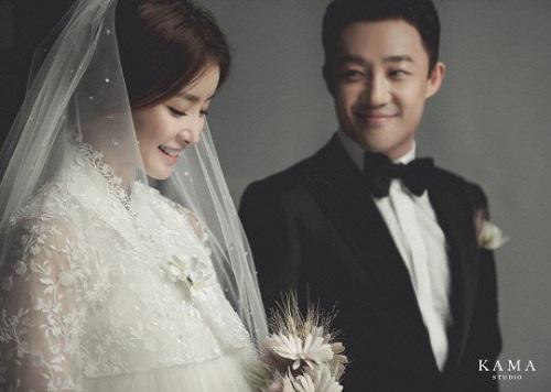 Lee Si Young dan Cho Seong Hyun. (Foto: Kama Studio)