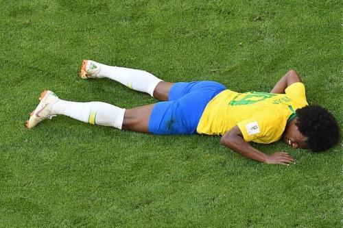 Willian Borges tersungkur ketika di pertandingan berlangsung