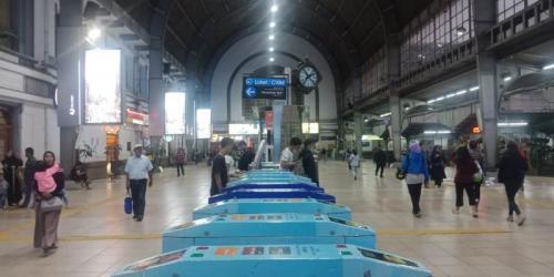 Stasiun jakarta Kota (Okezone)