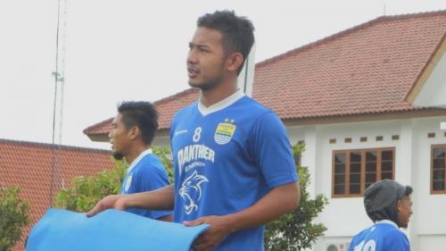 Gian Zola berlatih bersama Persib Bandung