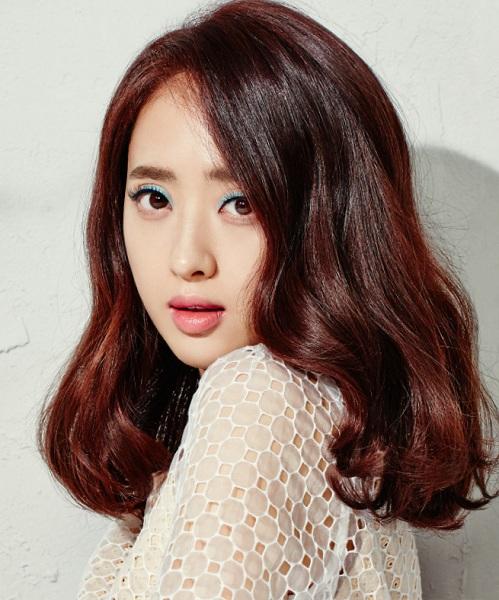 Kim Min Jung.