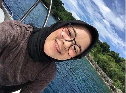 Nissa Sabyan semakin cantik dengan berdandan