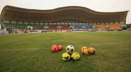 Stadion Patriot Candrabagha