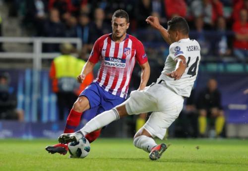 Aksi Casemiro saat sedang membela Real Madrid