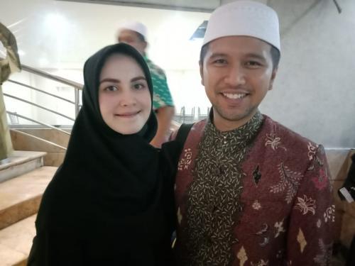 Arumi Bachsin dan suami