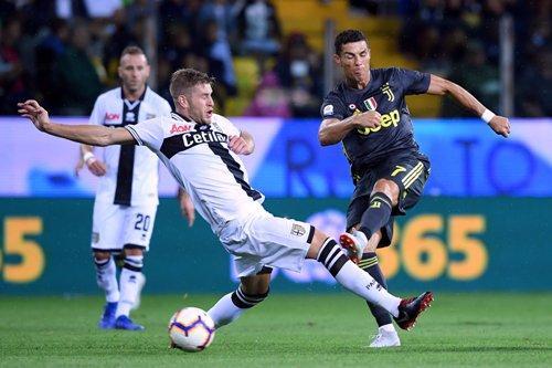 Juventus menang 2-1 di markas Parma musim lalu (Foto: Alberto Lingria/Reuters)
