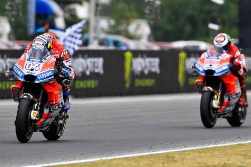 Dovizioso dan Lorenzo saat masih setim di Ducati
