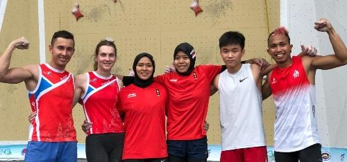 Atlet panjat tebing Indonesia