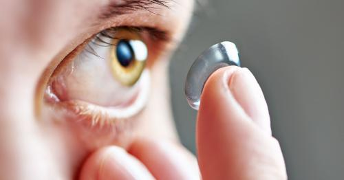 pakai lensa kontak
