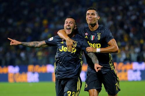 Bernardeschi dan Ronaldo