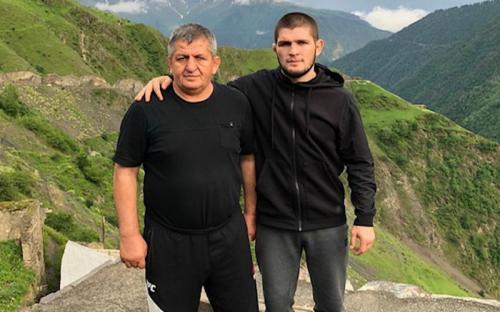 Khabib Nurmagomedov dan ayahnya