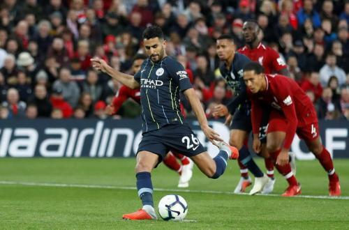 Riyad Mahrez eksekusi penalti
