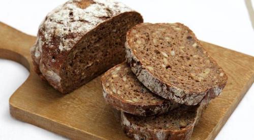 Roti gandum kaya akan manfaat, salah satunya ialah memberikan energi lebih banyak ketimbang roti putih.