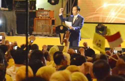 Jokowi di HUT Golkar