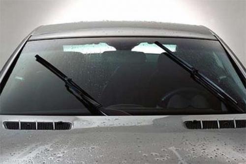 wiper kendaraan mobil