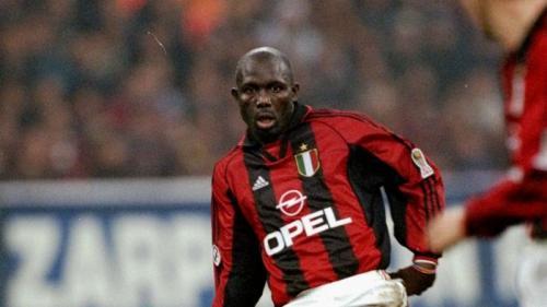 George Weah saat membela AC Milan