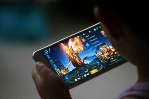 China Bikin Undang-Undang Batasi Anak Bermain Game