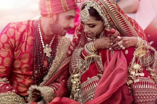 Deepika Padukone dan Ranveer menjadi salah satu pasangan suami istri tervaforit di India. (Foto: Instagram/@deepikapadukone)