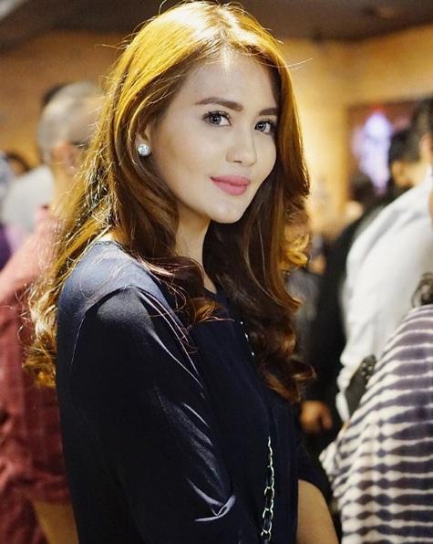 Juliana Moechtar tak menolak Ifan Seventeen menjadi jodohnya dengan satu kondisi ini. (Foto: Instagram/@julianamoechtar)