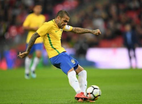 Dani Alves (Foto: Sportskeeda)