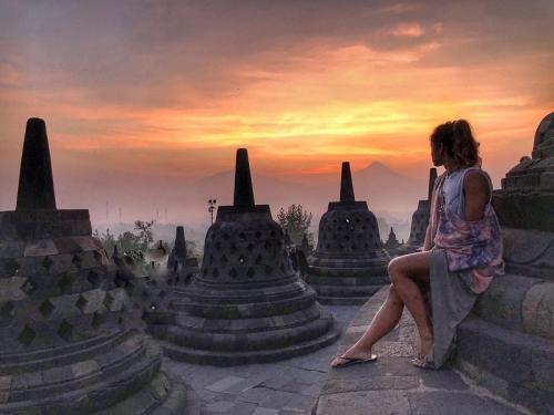 Sunrise di Candi Borobudur
