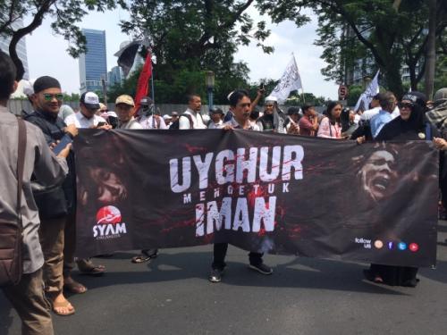 demo membela muslim Uighur. (Foto: Sarah)