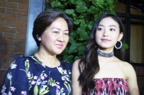 Natasha Wilona dan ibunda