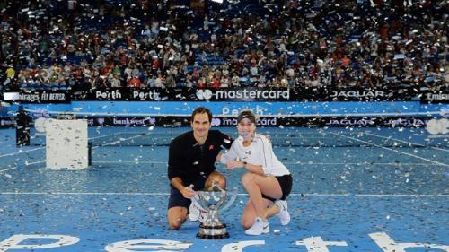 Roger Federer dan Belinda Bencic (Foto: Laman resmi Piala Hopman)