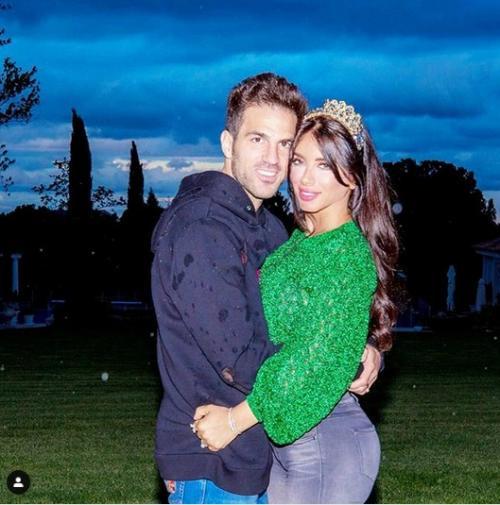Daniella Semaan bersama Fabregas