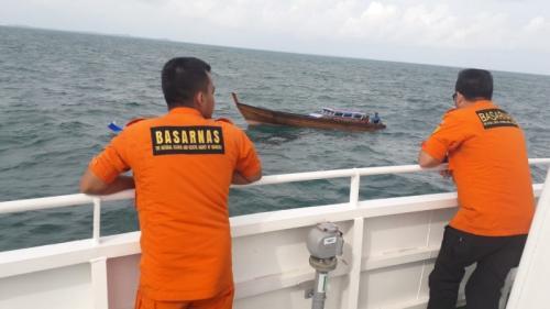 Pencarian kapal yang hilang kontak. (Dok Okezone/Muhammad Bunga Ashab)