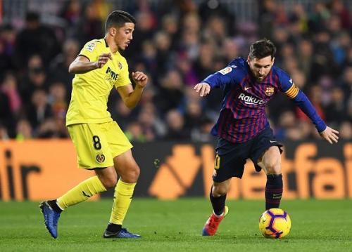 Pablo Fornals vs Lionel Messi (Foto: Sportskeeda)