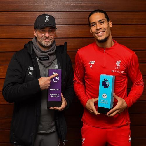 Jurgen Klopp dan Virgil Van Dijk (Foto: Laman resmi Liverpool)