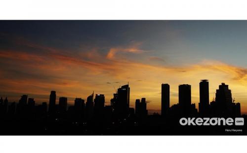 Selain karena hal tersebut, Jalal juga melanjutkan bahwa udara Jakarta juga bisa menjadi baik berkat angin.