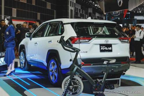 Mobil hybrid Toyota RAV 4
