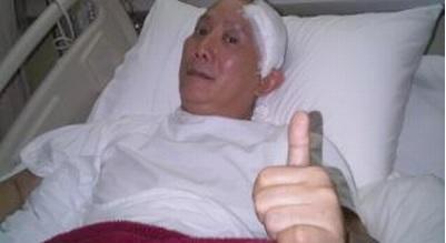 Robby Tumewu saat menjalani perawatan di rumah sakit