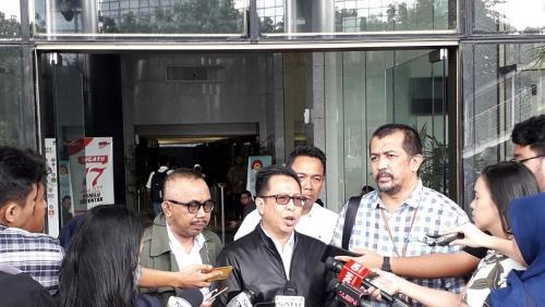 Dirjen Penegakan Hukum Kementerian Lingkungan Hidup dan Kehutanan, Rasio Ridho Sani, di Gedung KPK. (Foto : Arie Dwi Satrio/Okezone)