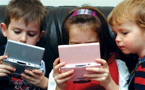 Pekerjaan baru, konsultan layar untuk orang tua yang kahwatir anak bermain gadget