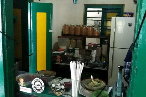 Bagi anda yang ingin mencicipi kuliner legendaris Malang ini, siapkan kocek mulai dari Rp15 ribu hingga Rp30 ribu.
